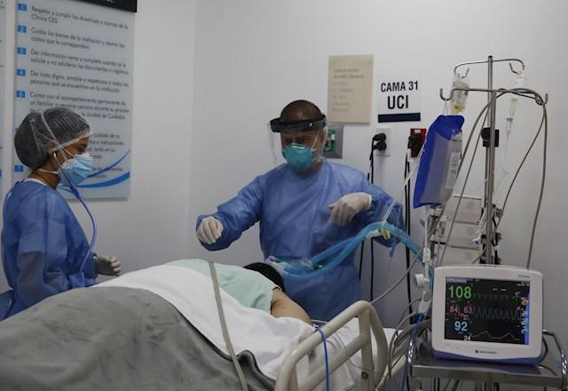 Colombia registra record de contagios diarios de covid-19 con 32.997