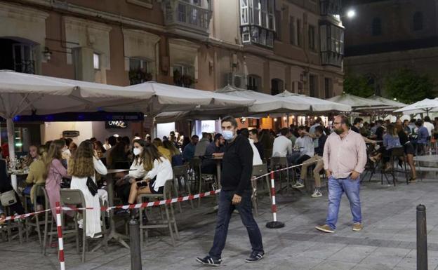 España dobla su incidencia en una semana hasta situarse en los 277 casos
