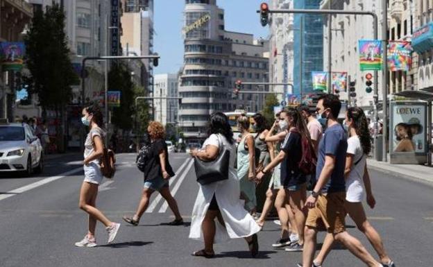España supera los 4 millones de contagios y la barrera de 400 de incidencia