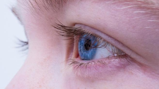La gimnasia visual es recomendable para personas que sufren de vista cansada o miopia.