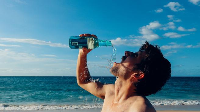 Beneficios de ducharse o bañarse con agua fría. ¿Qué hay de verdad y qué de mito?
