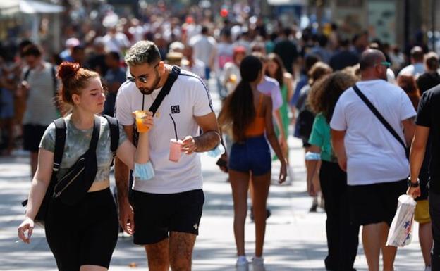 Barcelona seguira sin toque de queda a pesar de los botellones nocturnos