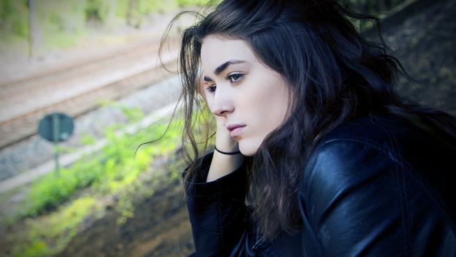 Olvidarse de alguien es un proceso de duelo que suele causar tristeza, rabia... y que puede llegar a enquistarse