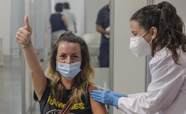Sanidad se prepara para la ofensiva final de los antivacunas