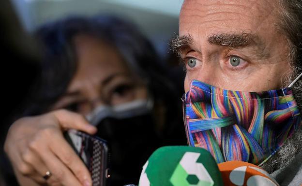 Un juzgado abre diligencias contra Fernando Simon por la gestion de la pandemia