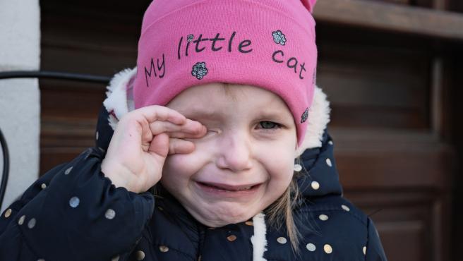 Es normal que los niños paqueños lloren el primer dia de colegio o guarderia.